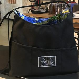 Reversible Tote (Black/Starry Night)